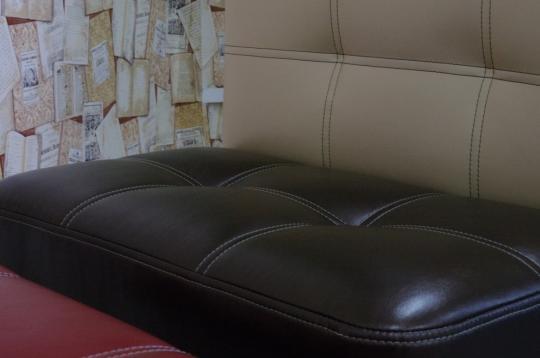 Кухонный диван Токио Смарт для хранения пылесоса-2