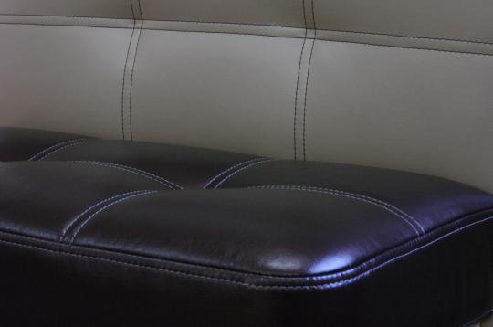 Кухонный диван Токио Смарт для хранения пылесоса-3