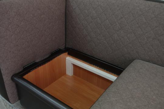 Кухонный диван Полонез с боковой стенкой и спальным местом-3