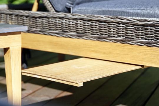 Шезлонг лежак раскладной из ротанга БИАРРИЦ с мягким матрасом и выдвижным столиком-1
