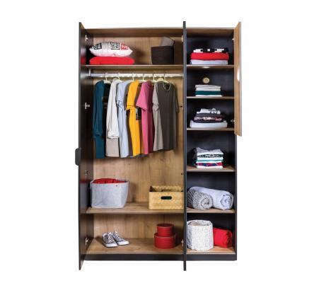Шкаф трехдверный Black 1002-1