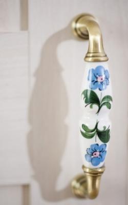 Шкаф трехдверный Flora 1001.00-8