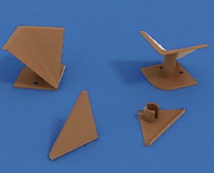 Комплект для плинтуса прозрачного (2 заглушки, угол внутр., угол внеш.)