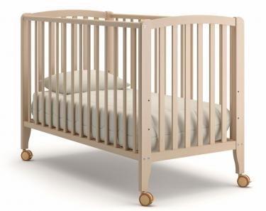 Детская кроватка на колесиках Angela Bella Бьянка (выбеленный бук)