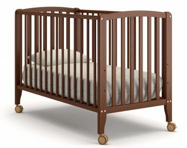 Детская кроватка на колесиках Angela Bella Бьянка (орех)
