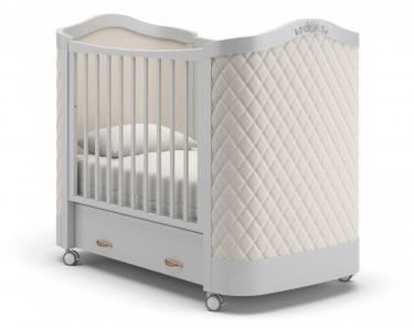 Детская кроватка на колесах Тиффани декор ромб (белая ночь)
