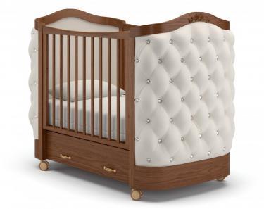 Детская кроватка на колесах Тиффани декор стразы (орех)