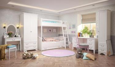 """Комплект детской мебели """"Классика"""""""